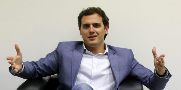 Cuidadanos party leader Albert Rivera gestures during an interview with Reuters in Barcelona, April 16, 2015. The leader of Ciudadanos, one of the parties that has gained more estimated votes in recent months according to polls, believes the country will not return to be governed by absolute majorities and should prepare for a different scenario where dialogue and agreements will be necessary. Picture taken April 16, 2015.  REUTERS/Gustau Nacarino